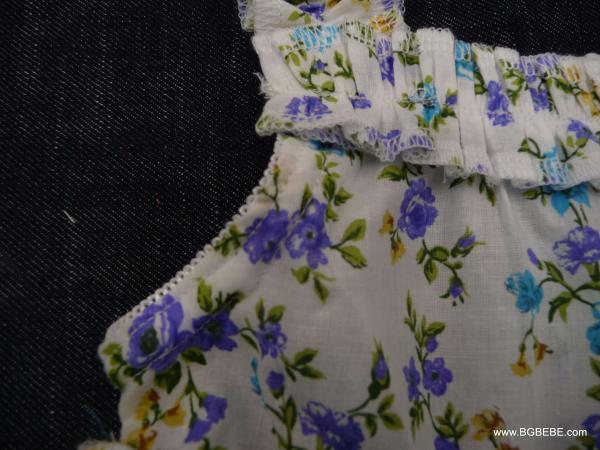 Нежна рокля с цветя цена 25,00лв. 2124309583